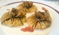 Saquitos de solomillo con setas, puerro y bechamel