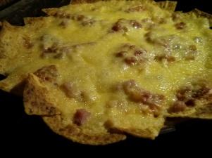 y nachos con maaasa de queso